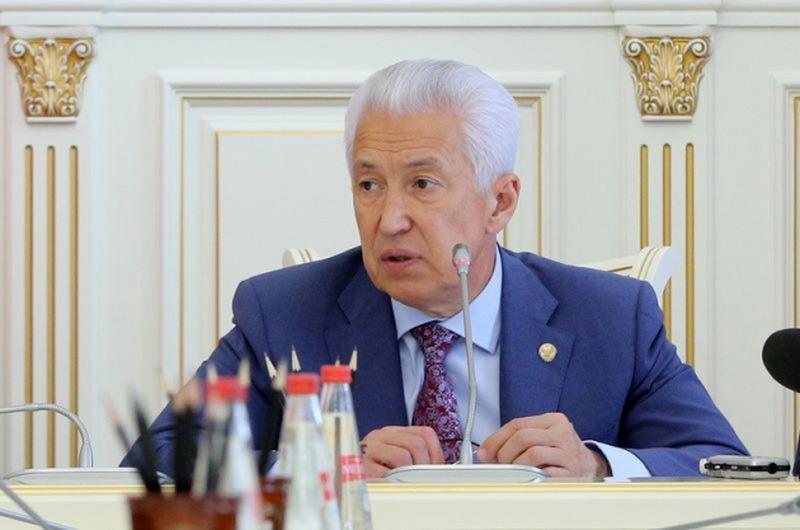 Владимир Васильев вернулся к работе после лечения в Москве