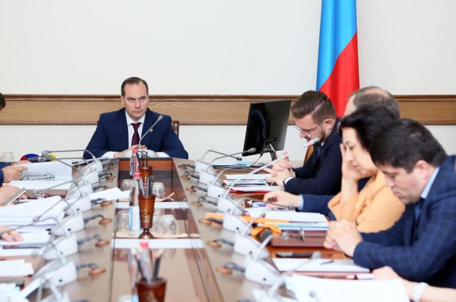 В правительстве Дагестана обсудили переход на новую систему обращения с ТКО