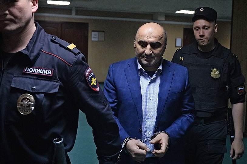 «Ъ»: расследование дела полковника Магомеда Хизриева завершено