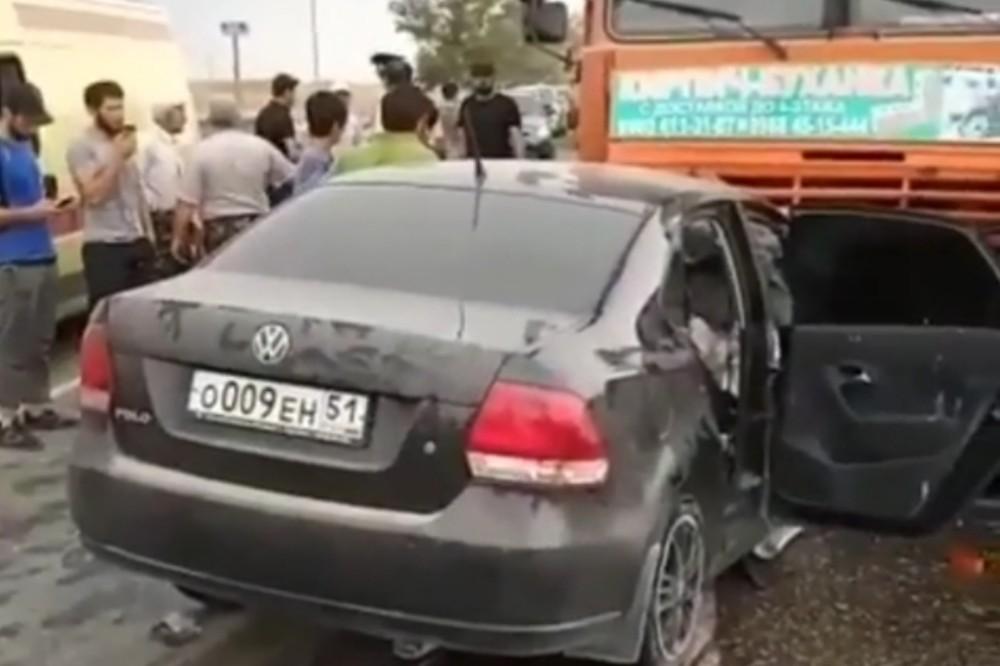 Автокатастрофа близ Учкента унесла две жизни (ВИДЕО)