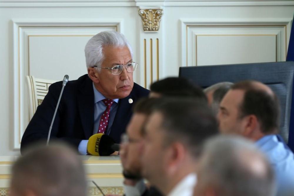 Глава Дагестана обещал устроить «личную трагедию» за воровство средств ФОМС