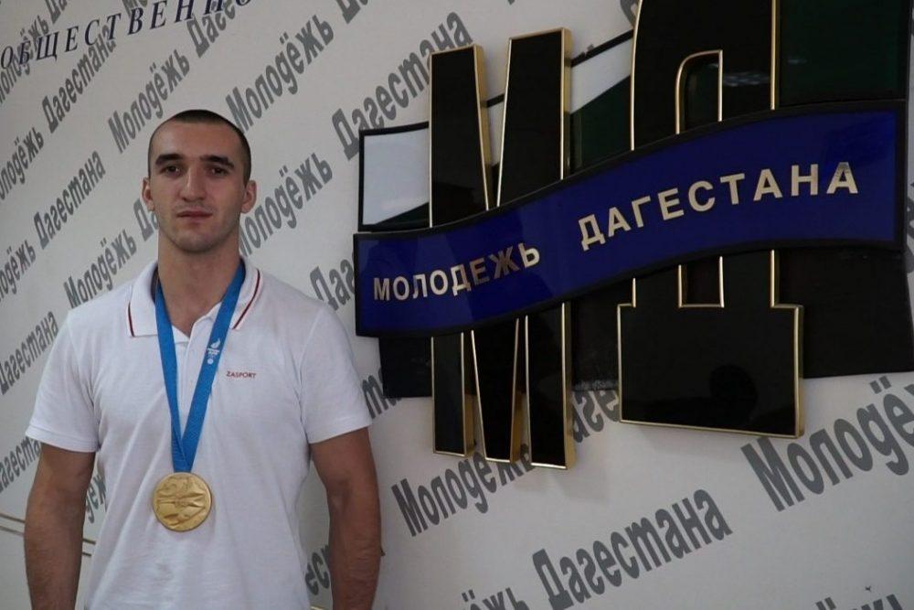 Муслим Гаджимагомедов: «Боксом занялся из-за мамы»
