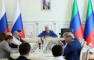 Глава Дагестана поручил завершить переселение из ветхого жилья и увеличить сборы на капремонт
