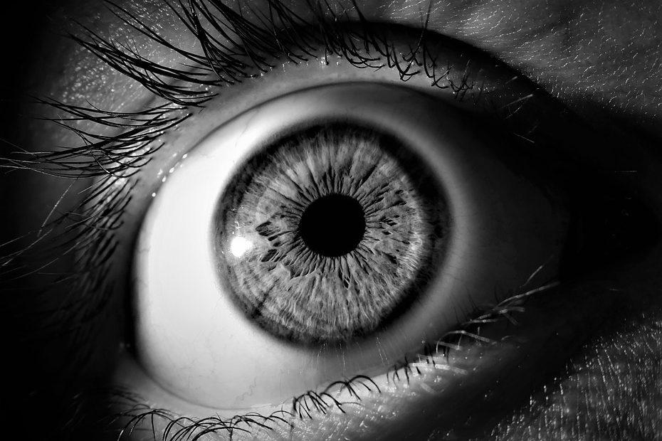 Бьет по глазам… Что чаще и сильнее всего влияет на зрение. Мифы и правда