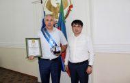 Герой России Рустам Мурадов стал почетным жителем Табасаранского района