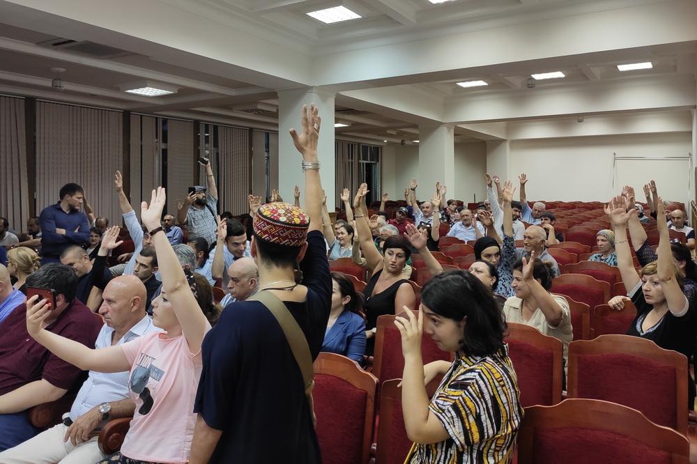Махачкалинцы проголосовали против новых правил застройки
