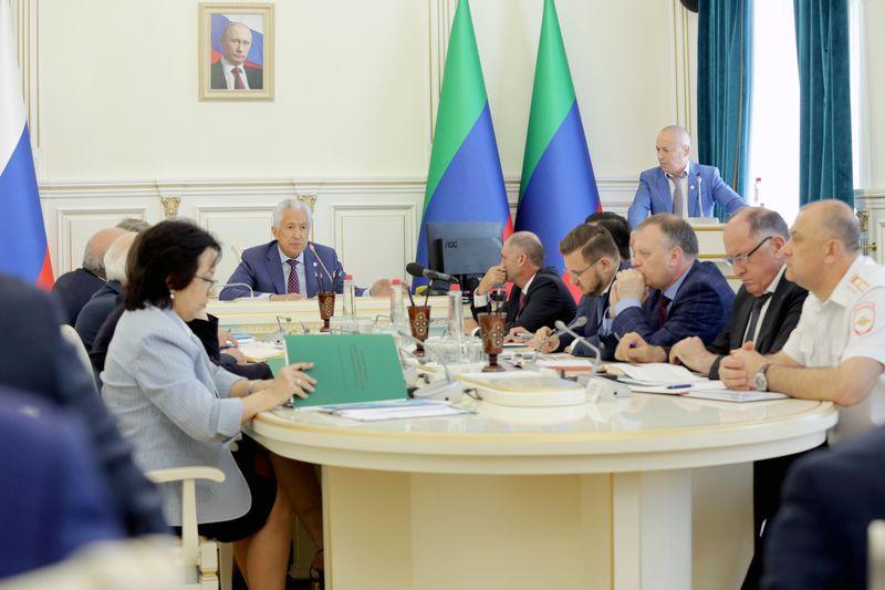 В Дагестане обсудили новую систему переработки и вывоза мусора