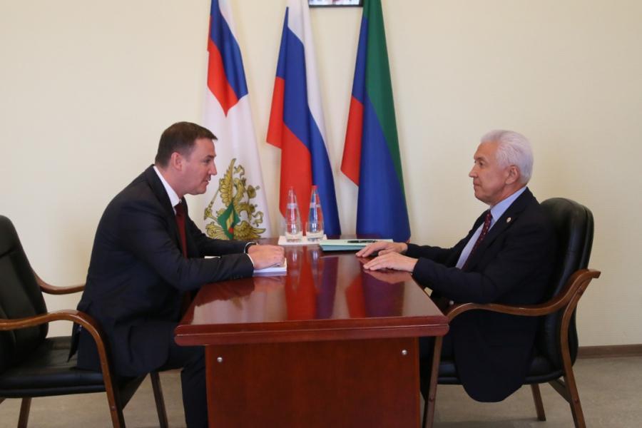 В Дагестан прибыл Дмитрий Патрушев