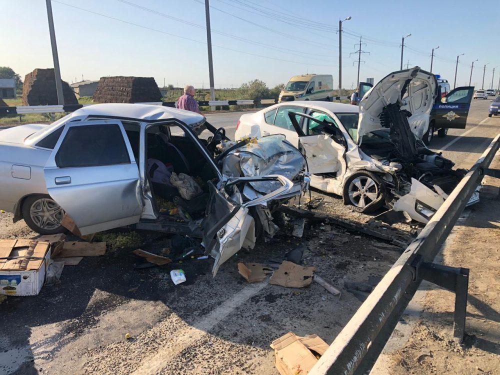 Женщина погибла в ДТП с участием трех автомобилей