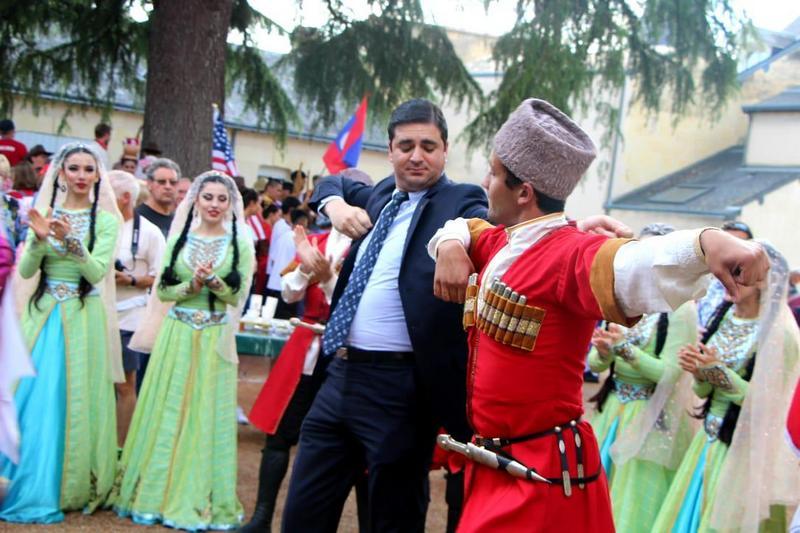 Во Франции завершаются Дни народного творчества Дагестана