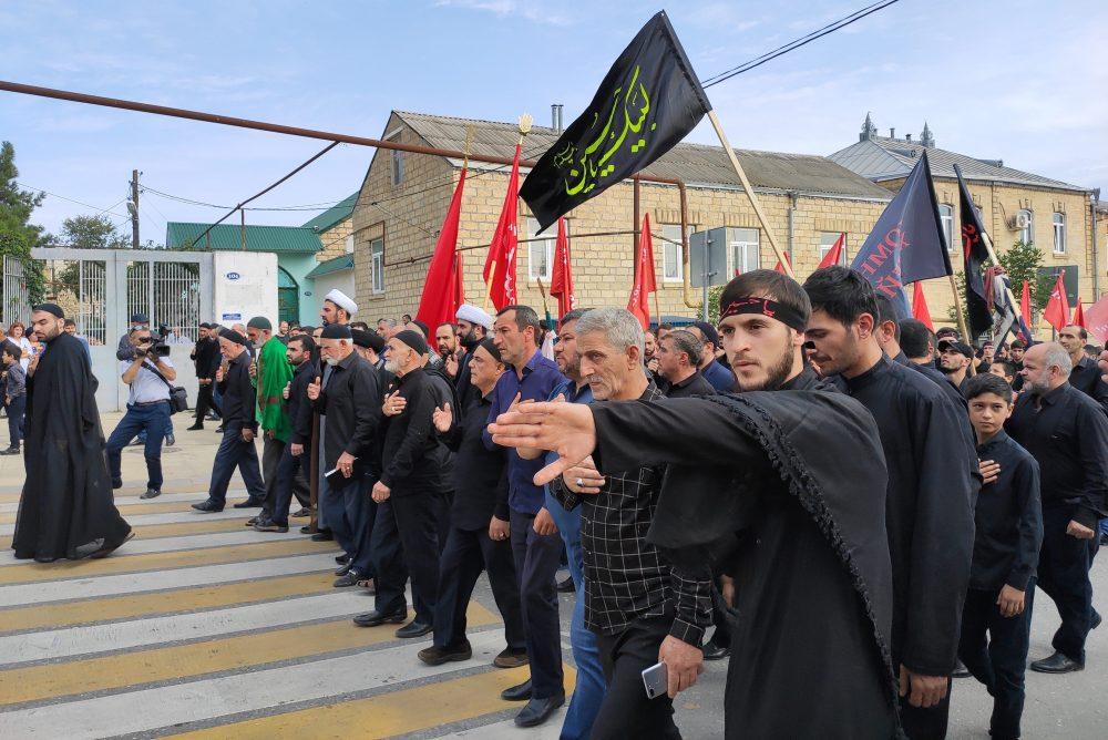 Как шииты Дербента отметили траур по имаму Хусейну (ФОТО)