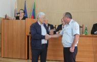 Ополченцам Новолакского и Буйнакского районов вручили юбилейные медали