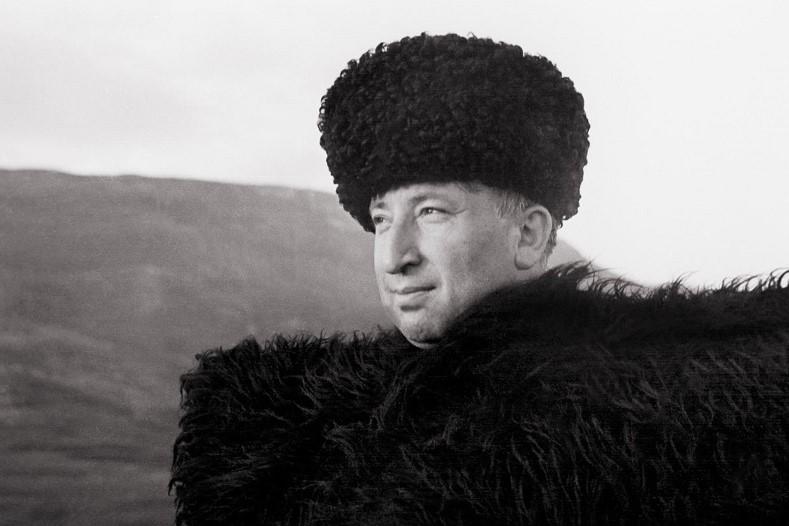Тухбат Зургалова поблагодарила Меликова за инициативу широко отметить юбилей Гамзатова