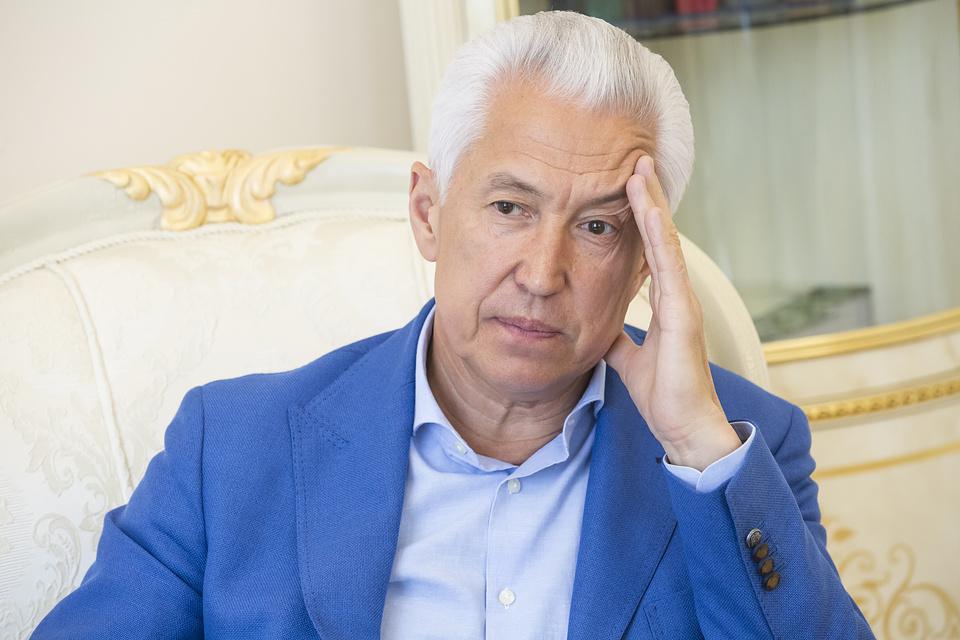 «Я был Аликом Асанбаевым в окружении Володь, Саш и Коль...»