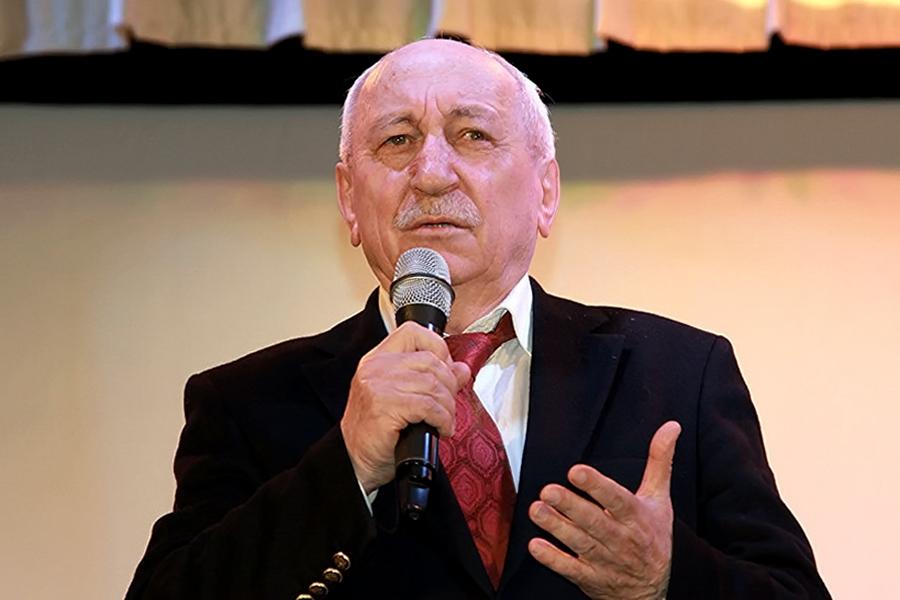 Освобожден от должности редактор газеты «Истина» Али Камалов
