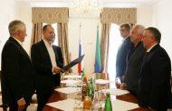 Глава Дагестана встретился с аудитором Счетной палаты России Дмитрием Зайцевым