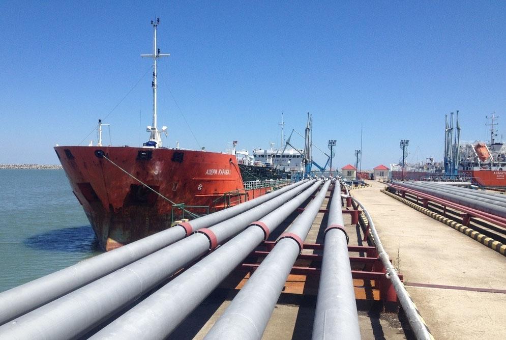 Перевалка нефти в порту Махачкалы выросла в два раза