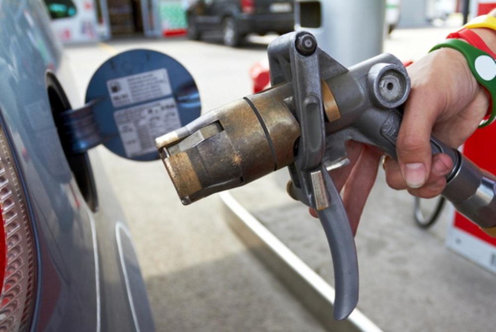 Владелец газовой заправки заподозрен в незаконном предпринимательстве