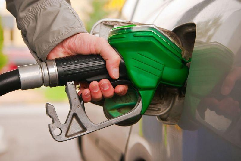 Дагестанский блогер проверил качество бензина на АЗС Махачкалы