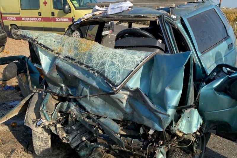 Два водителя погибли после столкновения легковых машин в районе Башлыкента (ФОТО)