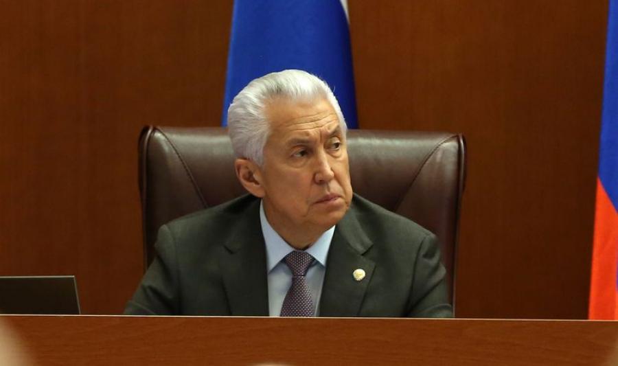 Владимир Васильев принял участие в ноябрьской сессии дагестанского парламента
