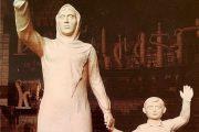 Активисты собирают подписи против установки памятника «Матери Дагестана»