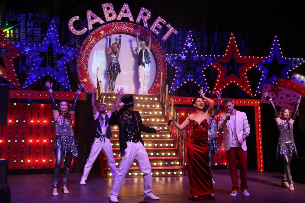 Дагестанский Русский театр на время превратился в «Кабаре» (+ ВИДЕО + афиша декабря)