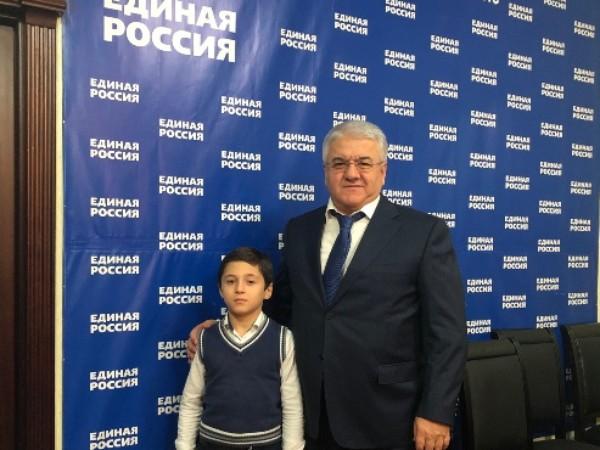 Депутат Абдулмажид Маграмов провел прием граждан в Махачкале