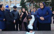 Избербашцы начали сбор подписей за отставку местных депутатов
