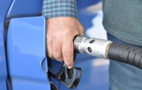 «Нагло поднимают цены…». От чего скачет стоимость автомобильного газа