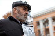 Муртазаали Гасангусенов продолжил пикетирование у здания МВД