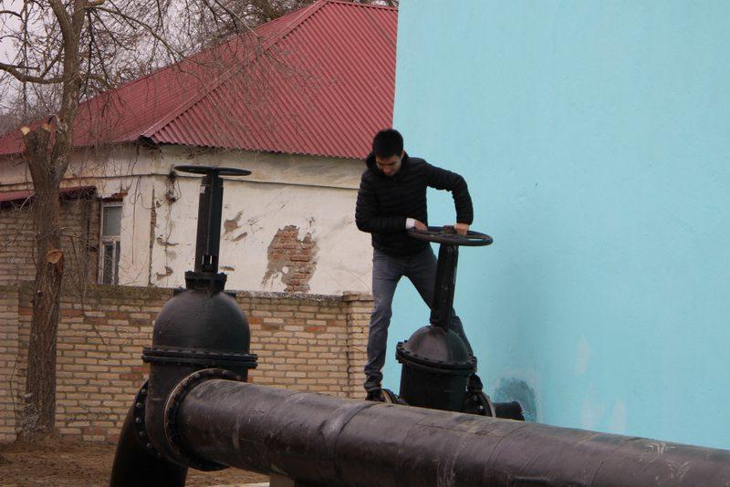 Кизлярские власти сократят подачу воды из-за ее дефицита в городе