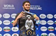 Абдулрашид Садулаев дисквалифицирован за футболку с портретом имама Шамиля