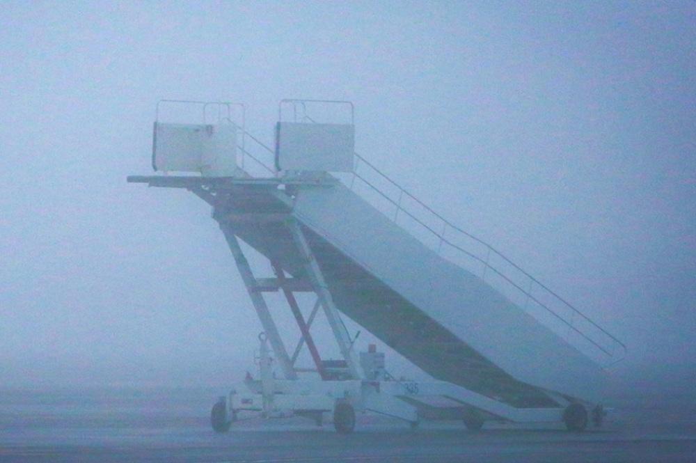 Авиарейсы в Махачкалу задерживаются из-за тумана