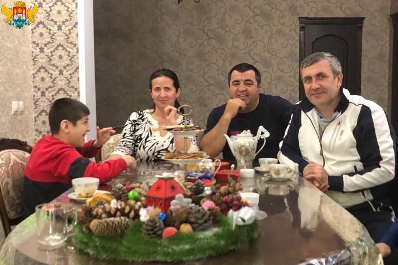 Владимир Васильев исполнил новогоднее желание юного махачкалинца