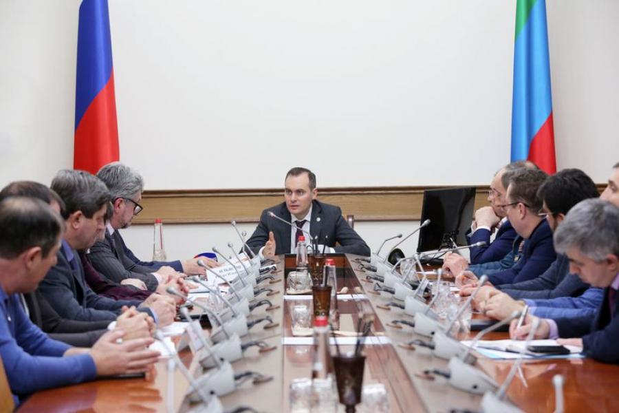 Артем Здунов провел экстренное заседание штаба по обеспечению безопасности электроснабжения Дагестана