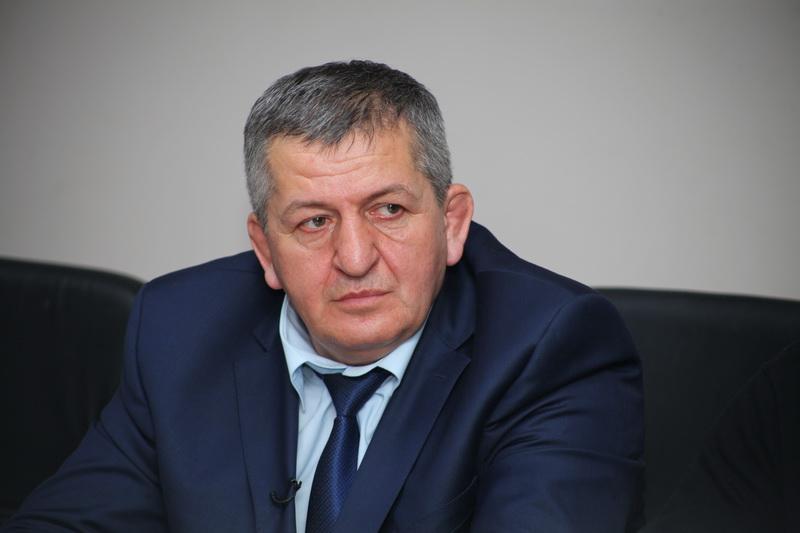 Абдулманап Нурмагомедов: «Хабибу пора заканчивать через полтора-два года»