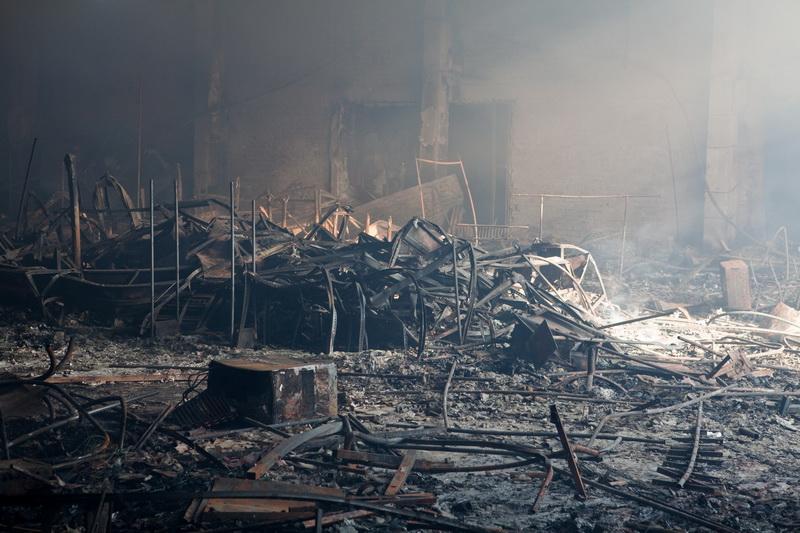 На следующий день. «Пассаж» после пожара. Фотофакт