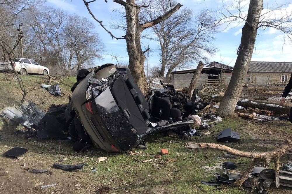 В районе Кизляра погиб 19-летний водитель, не справившийся с управлением