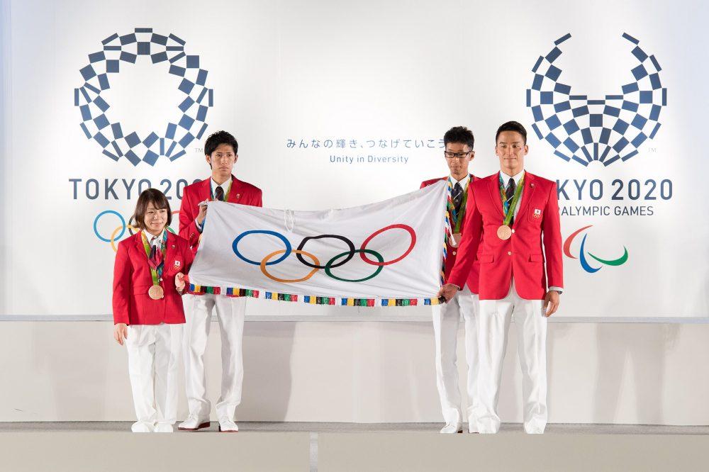 «Маяк надежды для человечества». МОК и правительство Японии решили перенести Олимпиаду-2020 на следующий год
