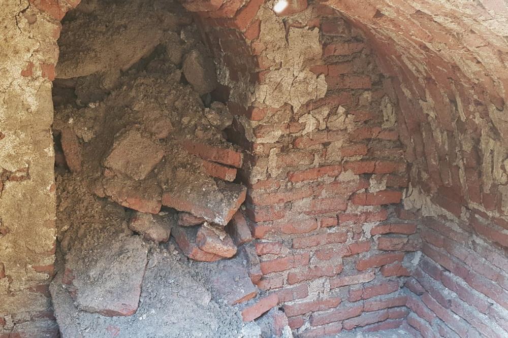 В Дербенте найдены фрагменты средневековой кирпичной конструкции