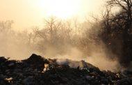 Тлеющая свалка в Кизляре будет засыпана песком из Терека. Фотофакт
