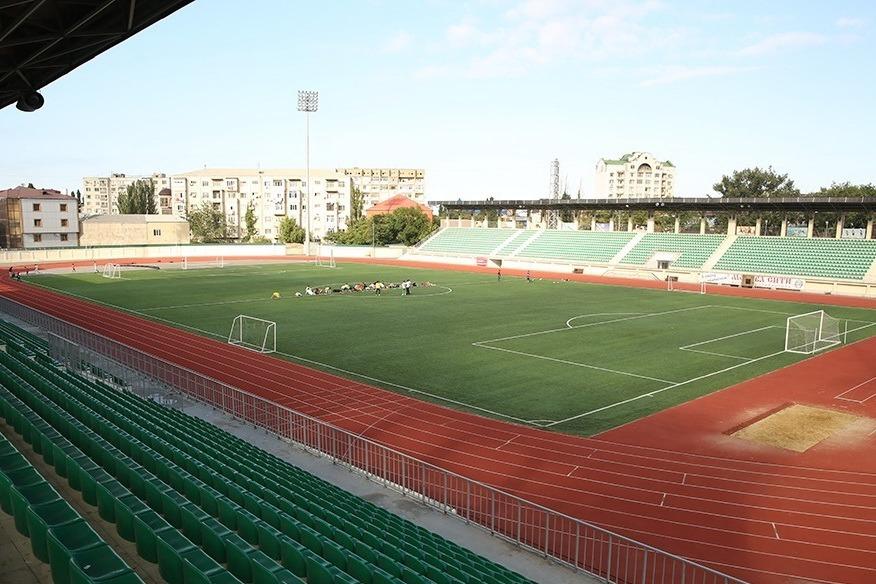 Минспорт Дагестана закрыл доступ на махачкалинский стадион имени Исинбаевой