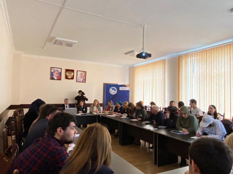 В Дагестане обсудили работу движения «Волонтеры Победы»