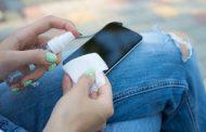 Роспотребнадзор: для защиты от коронавируса надо дезинфицировать и мобильные телефоны