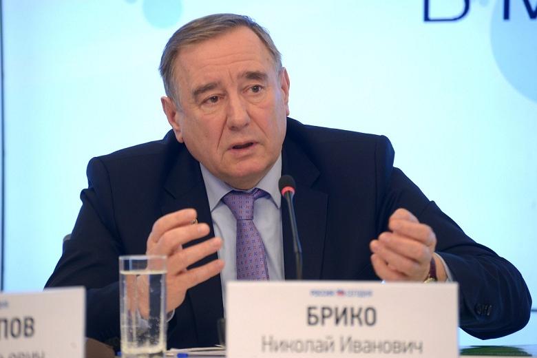Минздрав России: спад активности коронавируса прогнозируется к маю