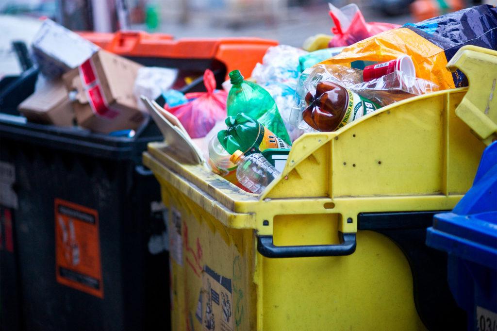 Пилотный проект перехода на новую систему сбора мусора запущен в Дербенте и Каспийске