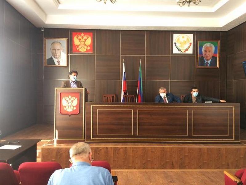 Заседание оперштаба по борьбе с коронавирусом проведено в Казбековском районе