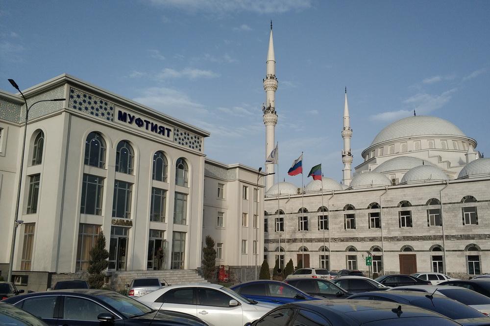 Муфтият Дагестана призвал мусульман молиться дома