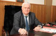 Васильев наградил главу Ботлихского района почетным знаком перед его отставкой